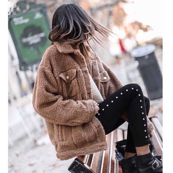 discover latest trends sneakers wide selection of colours and designs Missguided • Tan Oversized Borg Teddy Bear Jacket